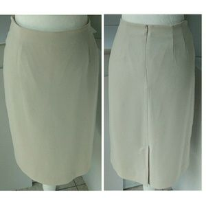 Liz Claiborne | Vtg Pencil Skirt Lined Ivory Sz 10